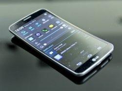 Гибкий смартфон LG – в продаже в следующем году